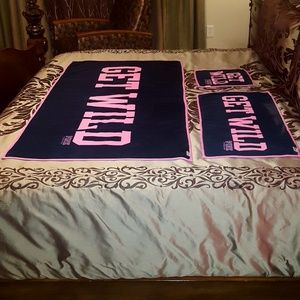 PINK Victoria's Secret 3pc Towel Set